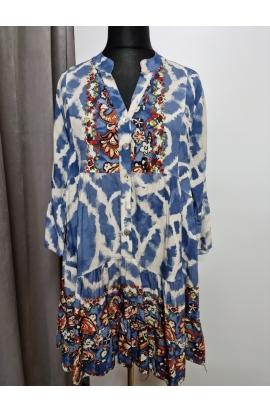 Vzorované elegantné šaty