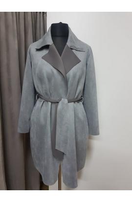 Kabát dámsky jednoduchý s golierom